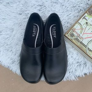 Klogs leather shoes